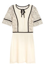 Dress in chiffon and lace - Natural white - Ladies | H&M GB 2