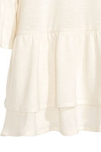 Flounced linen-blend top - Natural white - Ladies | H&M CN 5