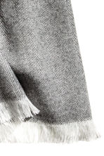 Herringbone-patterned scarf - Dark grey - Men | H&M CN 3