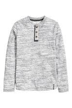 Henley shirt in slub jersey - Light grey marl - Kids | H&M CN 2