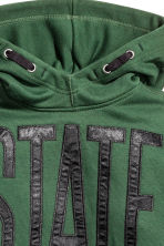 Hooded top with a print motif - Dark green - Kids | H&M CN 3
