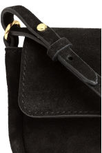Suede shoulder bag - Black - Ladies | H&M CN 3