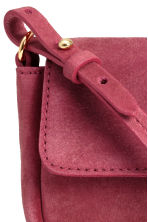Suede shoulder bag - Raspberry red - Ladies | H&M CN 4
