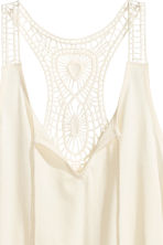 Top with a lace back - Natural white - Ladies | H&M CN 3