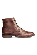 Brogue-patterned chukka boots - Dark cognac brown - Men | H&M CN 1
