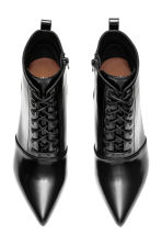 Laced ankle boots - Black - Ladies | H&M CN 2