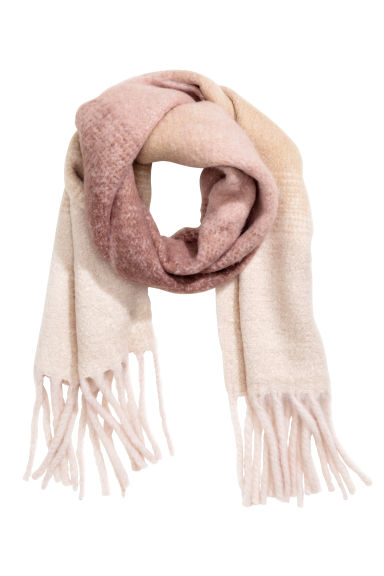 Large scarf - Powder pink - Ladies | H&M GB