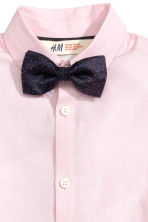 Shirt with tie/bow tie - Light pink - Kids | H&M CN 3