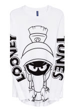 Printed long-sleeved T-shirt - White/Looney Tunes - Men | H&M CN 5