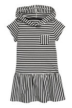 Jersey dress with a hood - Black/Striped - Kids | H&M CN 2
