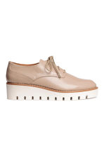 Patent platform shoes - Light beige - Ladies | H&M CN 2