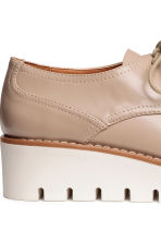 Patent platform shoes - Light beige - Ladies | H&M CN 5