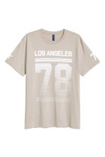 Printed T-shirt - Beige/Los Angeles - Men | H&M CN 2