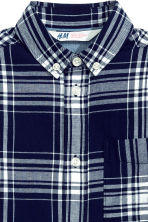 Cotton shirt - Dark blue/Checked - Kids | H&M CN 3