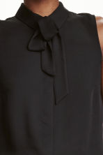 Blouse with a tie - Black - Ladies | H&M CN 3