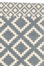 Patterned rug - Natural white/Grey-blue - Home All | H&M CN 2