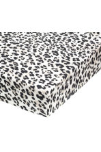 Leopard-print fitted sheet - Light grey/Black - Home All | H&M CN 1