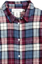 Long flannel shirt - Burgundy/Checked - Ladies | H&M CN 3