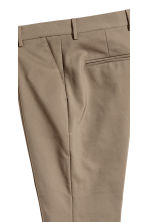 Suit trousers with turn-ups - Dark beige - Men | H&M CN 4