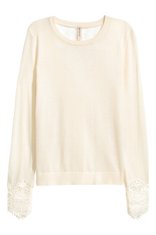Jumper with lace details