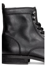 Chukka boots with a zip - Black - Men | H&M CN 5