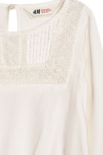Blouse with a lace yoke - White - Kids | H&M CN 3