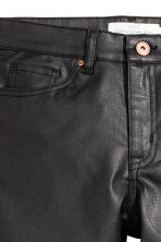 Pantaloni coated misto lyocell - Nero - DONNA | H&M IT 4