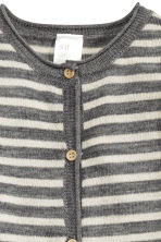 Fine-knit wool romper suit - Grey/Striped - Kids | H&M CN 3