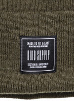 Knitted hat - Khaki green - Men | H&M CN 2