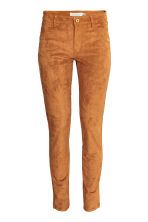 Trousers Slim fit - Camel - Ladies | H&M CN 2