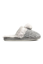 Soft slippers - Grey - Ladies | H&M CN 1