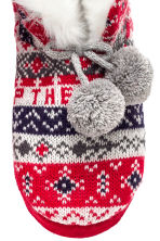 Knitted slippers - Red - Ladies | H&M CN 3