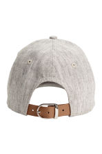Cap in a linen blend - Grey beige - Ladies | H&M CN 2