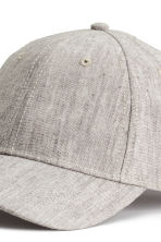 Cap in a linen blend - Grey beige - Ladies | H&M CN 3