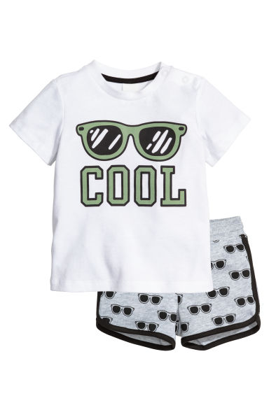 T-shirt and shorts - White/Sunglasses - Kids | H&M CN 1