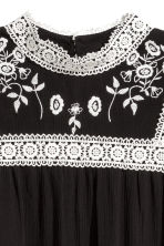 Embroidered dress - Black - Ladies | H&M CN 3