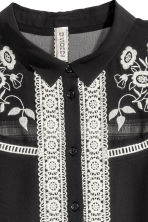 Embroidered blouse - Black - Ladies | H&M CN 3