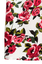 Patterned top - Natural White/Red floral  - Ladies | H&M CN 3