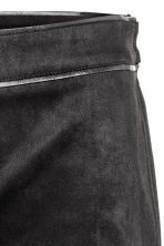 Imitation suede trousers - Black - Ladies | H&M CN 4