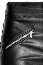 Pantaloni in finta pelle - Nero - DONNA | H&M IT 4