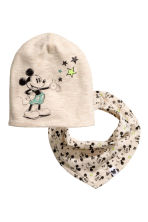 Hat and triangular scarf - Light beige/Mickey Mouse - Kids | H&M CN 1