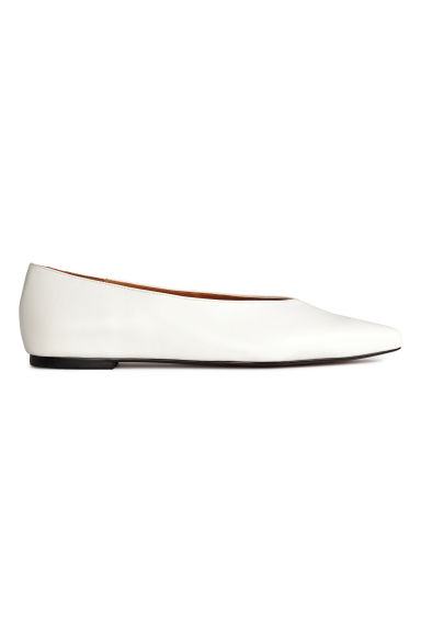 Pointed flat shoes - White -  | H&M CN