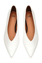 Pointed flat shoes - White -  | H&M CN 2