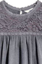 Blouse with lace details - Dark grey - Kids | H&M CN 4