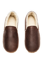 Pile-lined slippers - Dark brown - Men | H&M CN 2