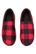 Pile-lined slippers - Red/Checked - Men | H&M CN 2