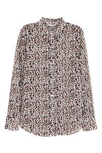 Blouse with a frilled collar - White/Leopard print - Ladies | H&M CN 2