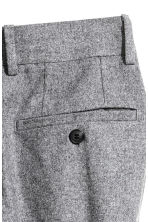 Cropped suit trousers - Grey marl - Men | H&M CN 4