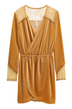 Velour dress with lace - Mustard yellow - Ladies | H&M CA 2