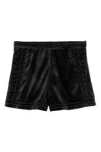 Beaded velvet shorts - Black - Ladies | H&M CN 2